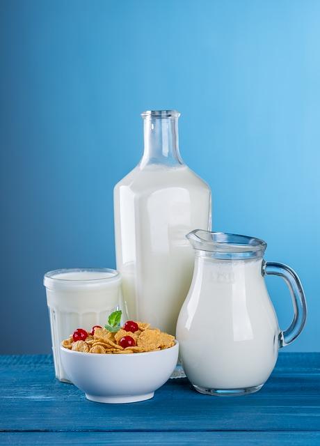 milk 1887237 640